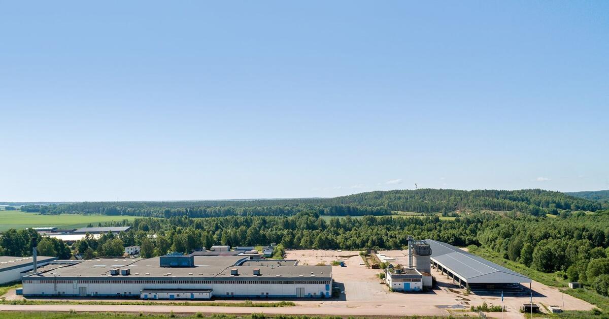 Älvsbyhus fabrik ska säljas