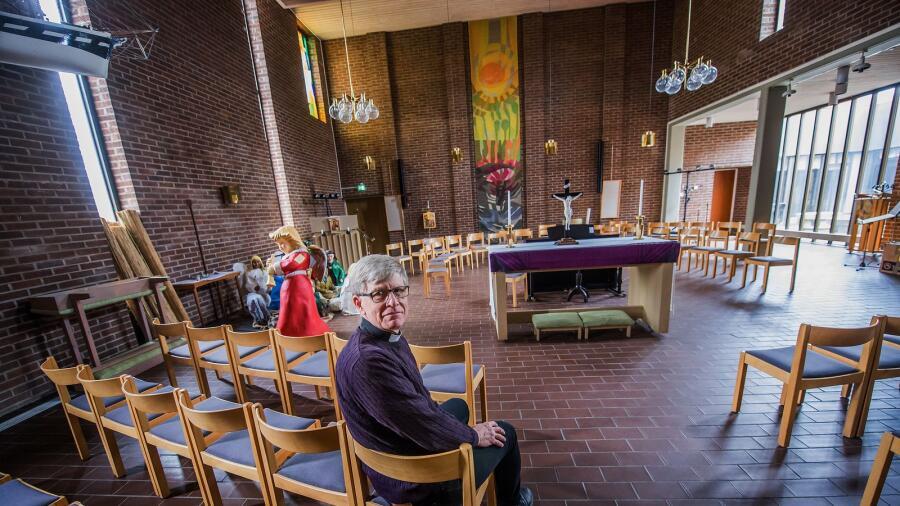 88e93710c00 Domprost Harald Cohén förstår sorgen hos dem som har en mångårig relation  till Herrhagskyrkan när den nu läggs ner efter 47 år. Innan sommaren kommer  det ...