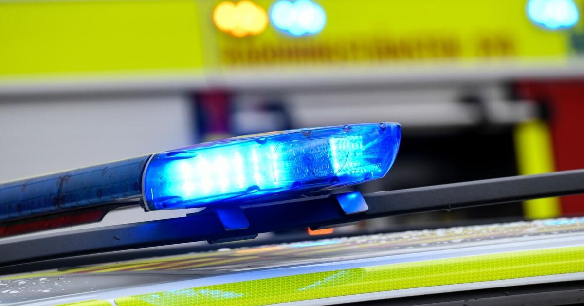 Fyra enheter ryckte ut till containerbrand