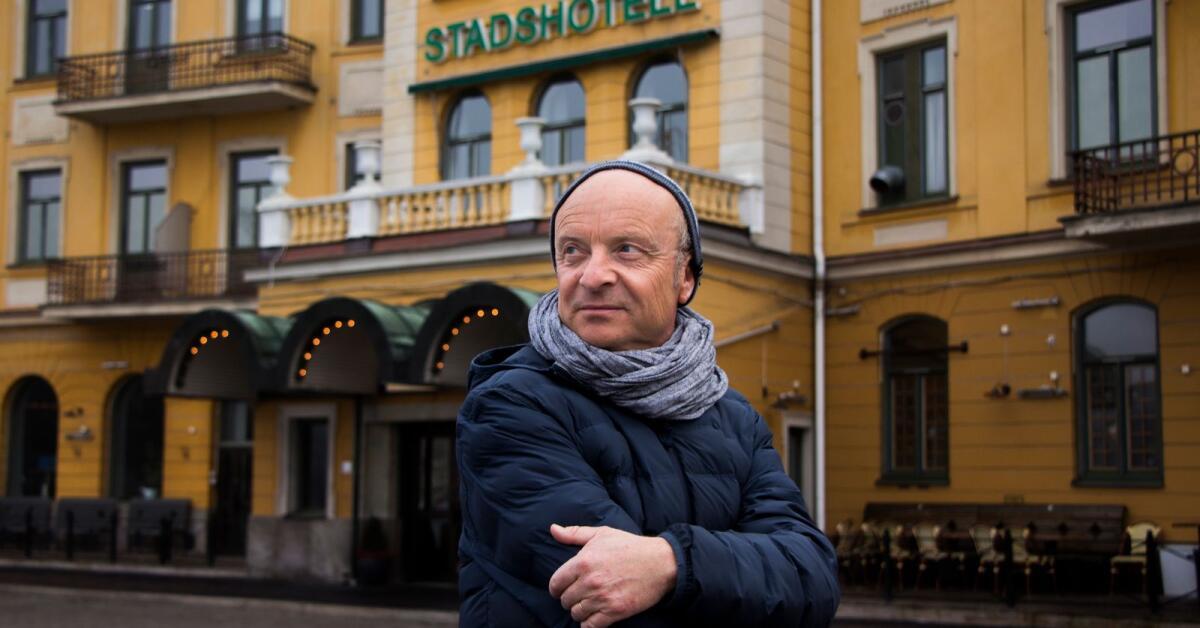 """Jonas Gardell: """"De mest älskade varelserna är hatade i Karlstad"""""""