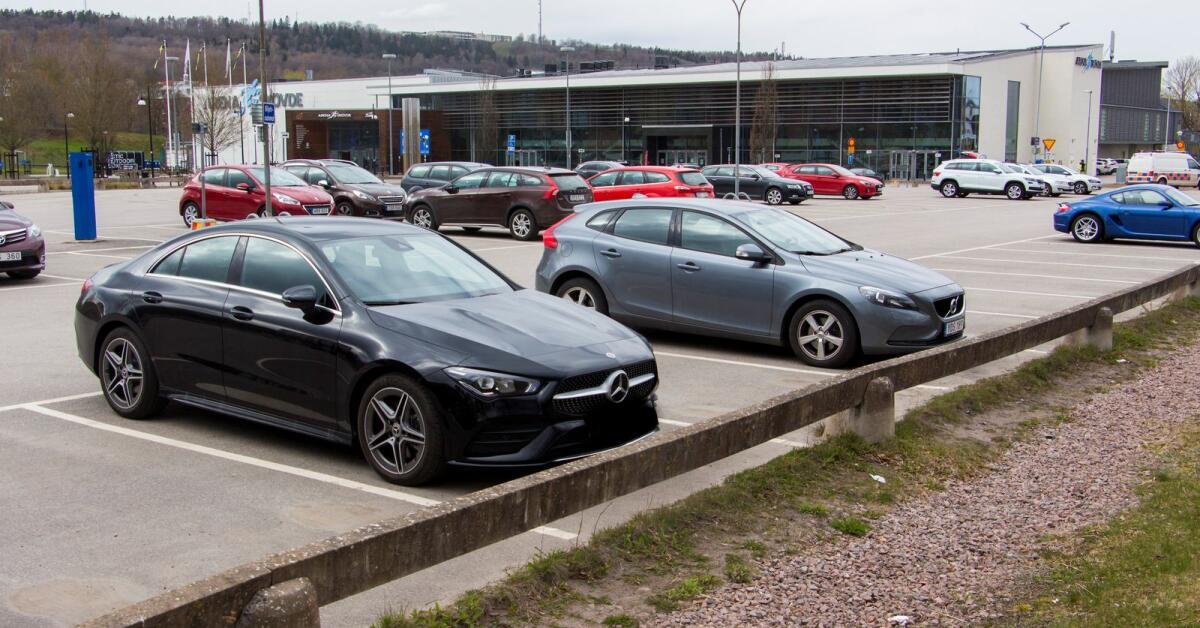 Kommunen stänger Arenaparkeringen - vill stoppa planerad bilträff
