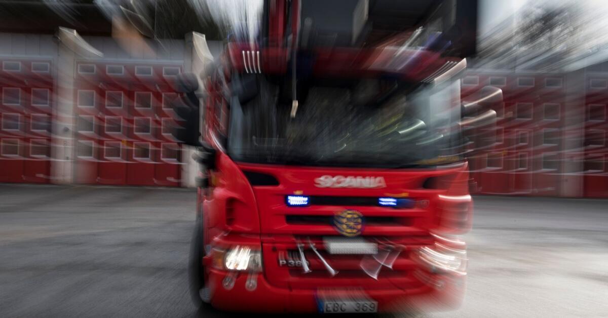 Tre bilar brann i natt