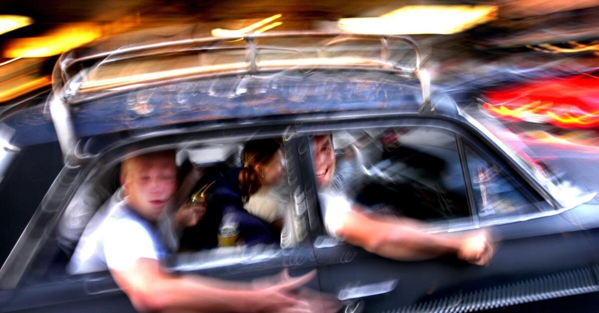 60-årig man hotad efter klagomål om hög bilmusik