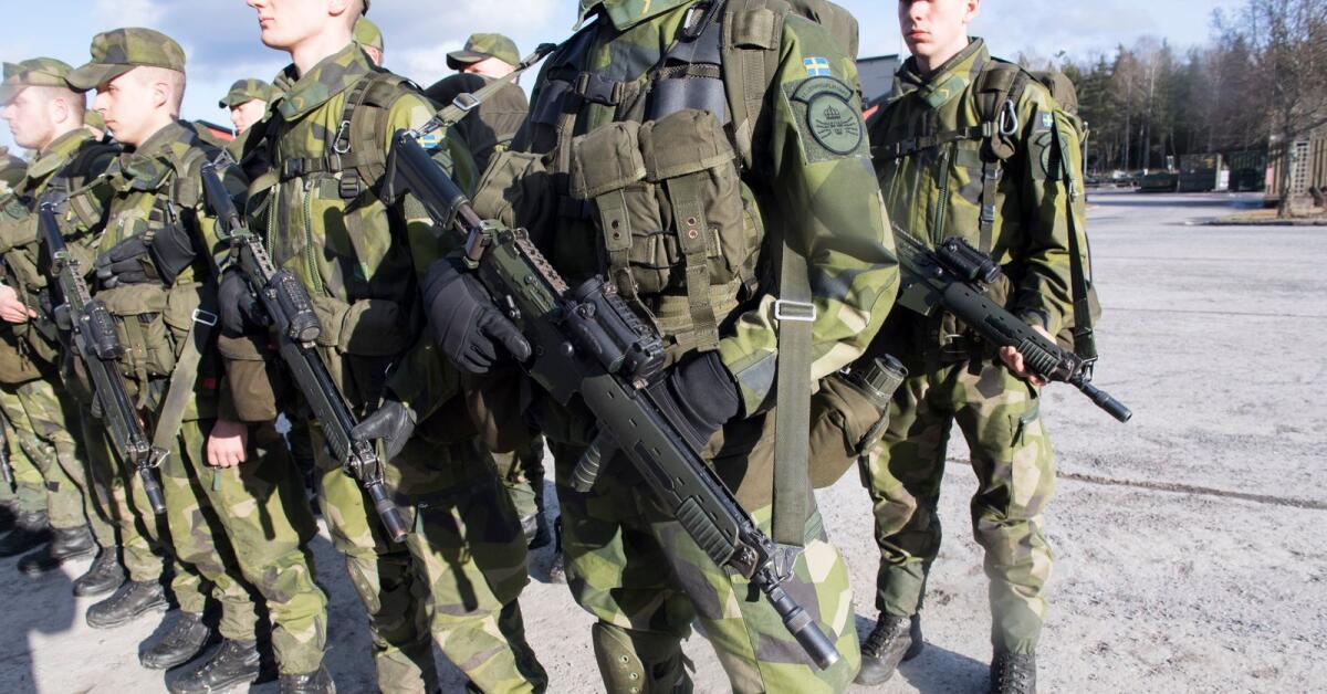 Insändare: Krångla inte till placeringen av regementet