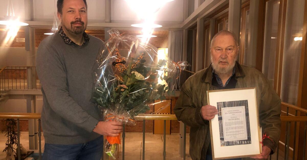 Han får Hagfors kommuns kulturstipendium